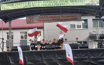 """""""DŹWIĘCZ, POLSKA PIEŚNI!"""""""